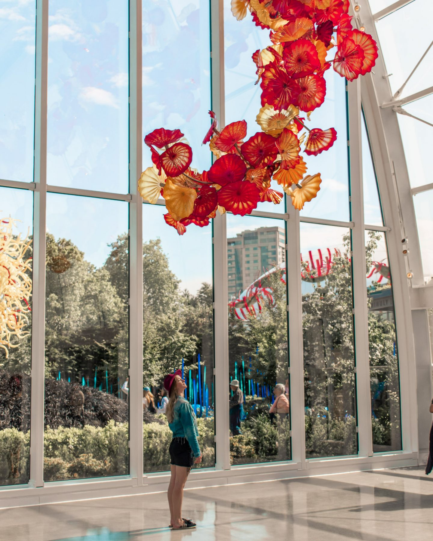 Instagram worthy places in chihuly glass gardens