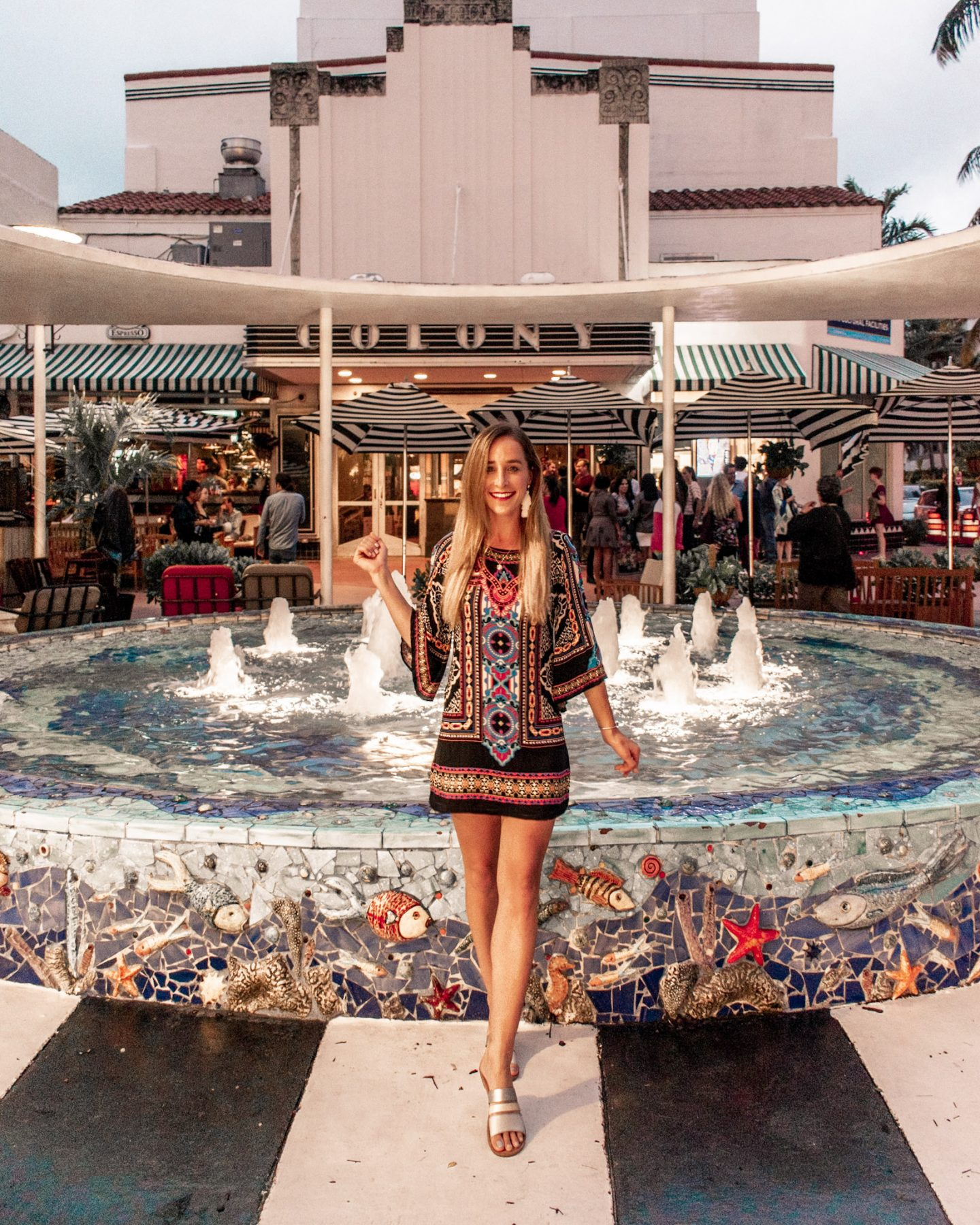 shopping at the lincoln road mall in south beach miami