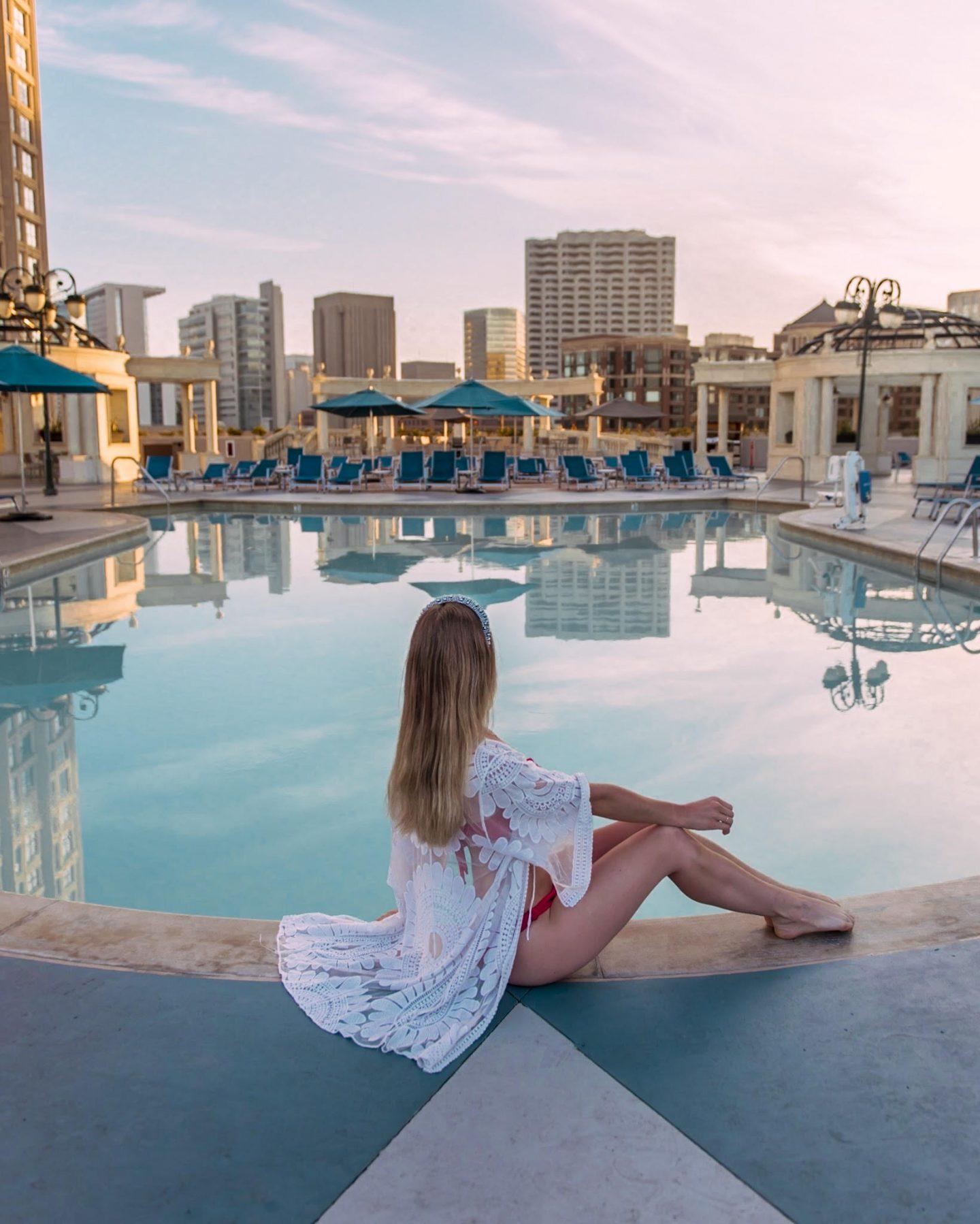 Sunrise at the pool in Grand Hyatt San Diego