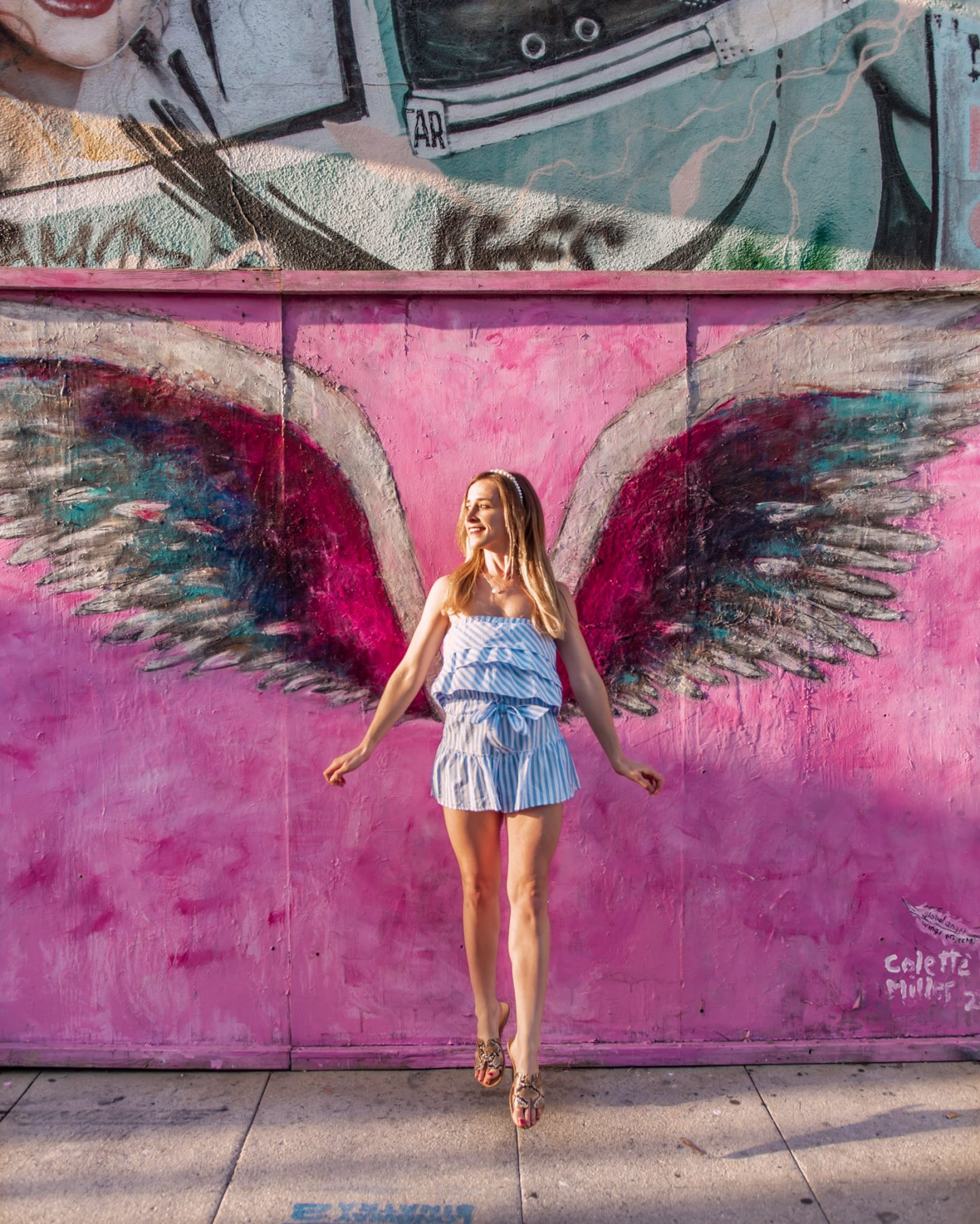 famous wing mural in los angeles